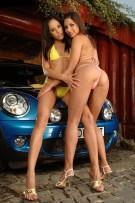 hot-bikini-car-babes-1