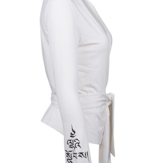 Yoga Shirt_Cristina_White_Divine Power_Side
