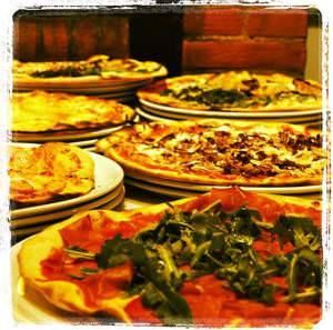 Pizzerie genovesi: ecco le migliori. La classifica delle pizze e dei  pizzaioli