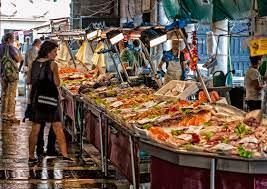 pesce in tavola a giugno, pesce,pesci a maggio, pescherie d'Italia, anche pesce di allevamento