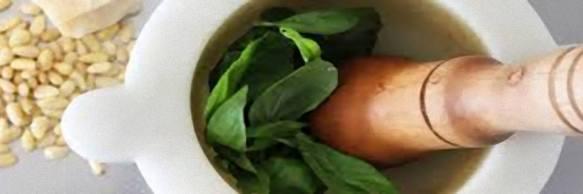 Il pesto di Agrodolce, così il popolare sito racconta la salsa verde genovese