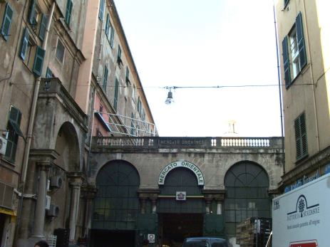 Mercato orientale di Genova