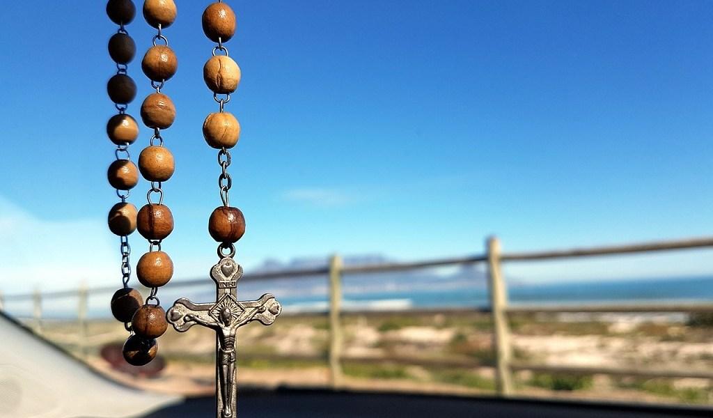 moliti krunicu,