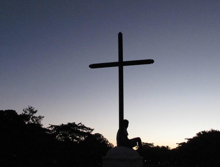 ljepota križa, patna, povrijeđenost