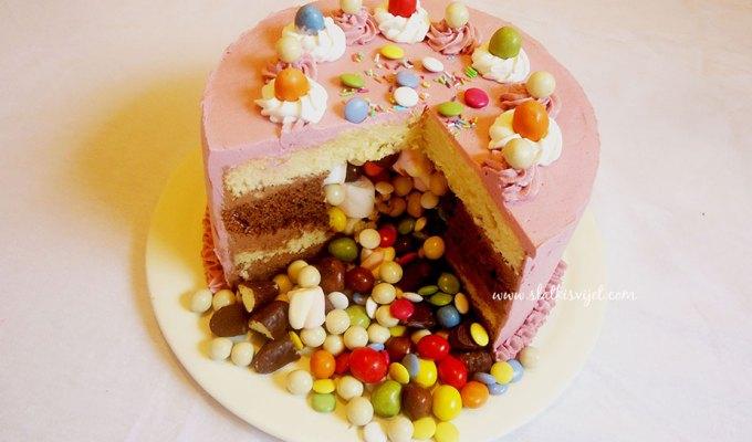 Piñata torta