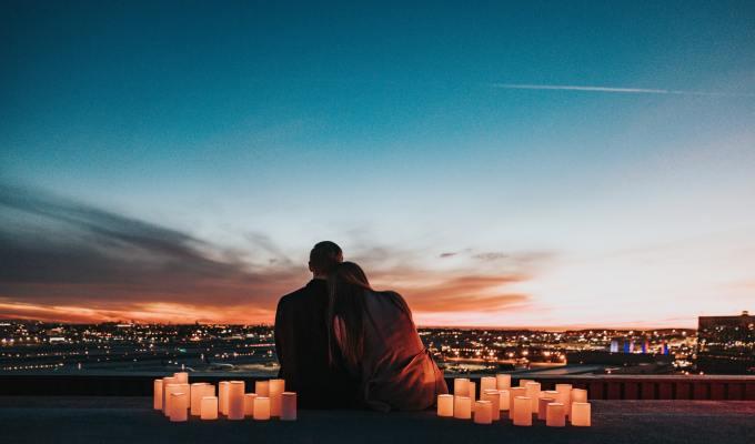 Pet jezika ljubavi: Što ova knjiga može ponuditi vašem braku