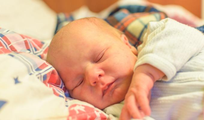Neočekivan porod kod kuće pratilo je cijelo Nebo