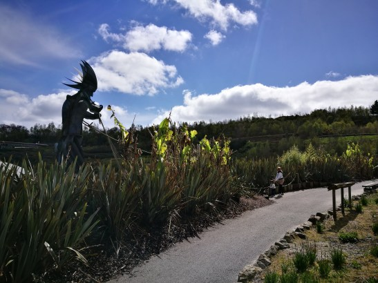 Eden project: the moving sculpture