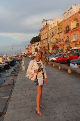 island hopping Italy: sailing in Procida