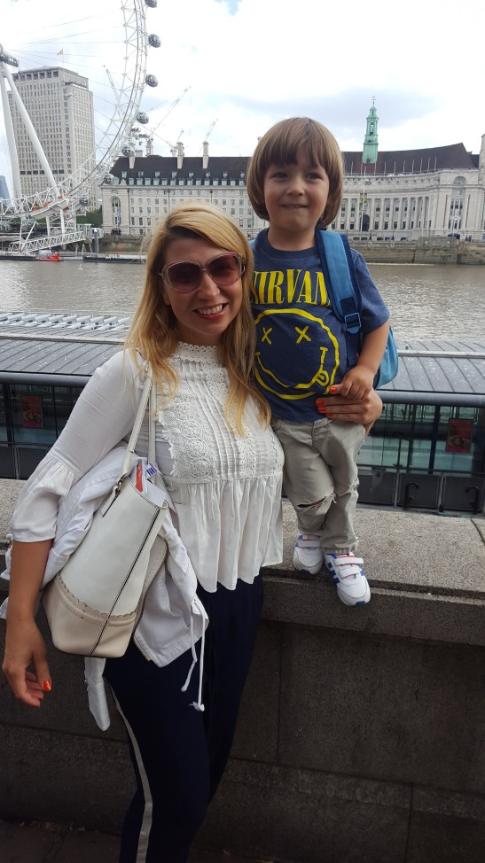 Summer Family daysout London : river cruising
