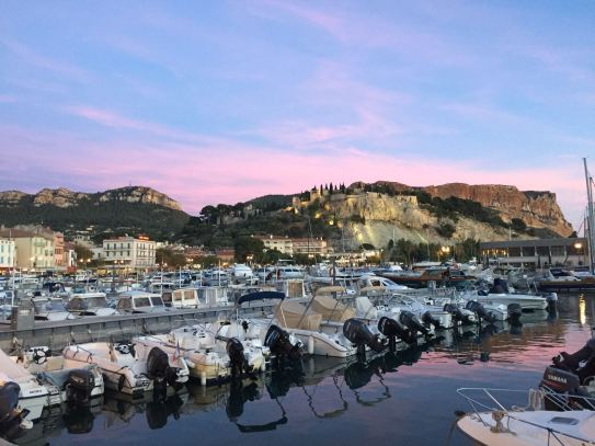 things to do in Provence :day trips from Aix en Provence explore Cassis