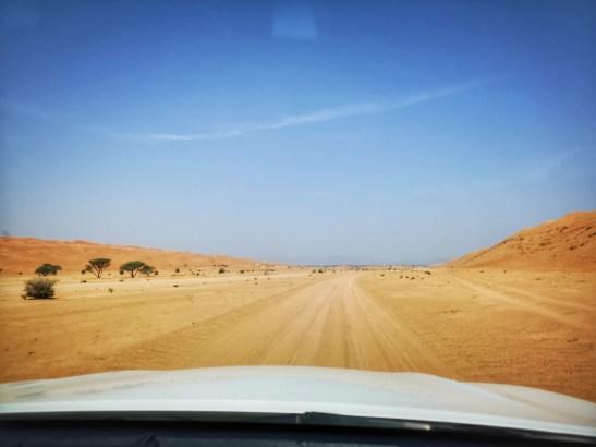Desert camp Oman Wahiba Sands : roadtrip Oman through the desert