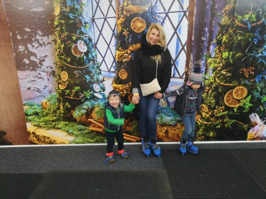 Iceskating at Royal Palaces: HCP - London with toddlers in winter