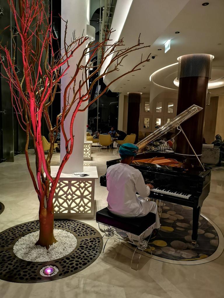Kempinski hotel Muscat tea