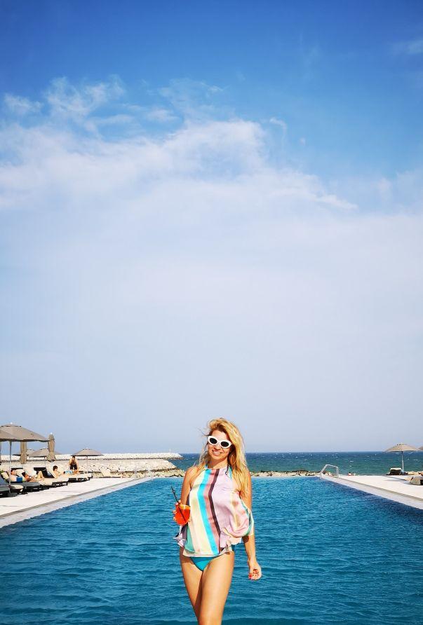 Kempinski Hotel Muscat infinity pool