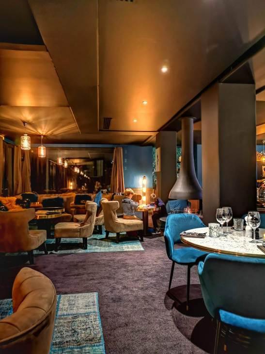 Fahrenheit 7 lounge bar