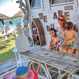Guna Beach Bar Puglia with kids