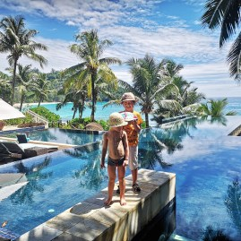 seychelles or maldives with kids ? Banyan Tree infinity pool