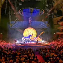 London in February 2020 : Luzia at RAH
