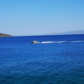 Sailing in Crete is bliss!