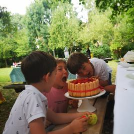 Celebrations with kids in the garden