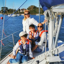 Days out near Chichester with kids : Arundel castle: sailing