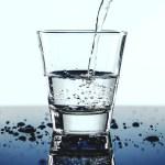 verre d'eau jeûne hydrique