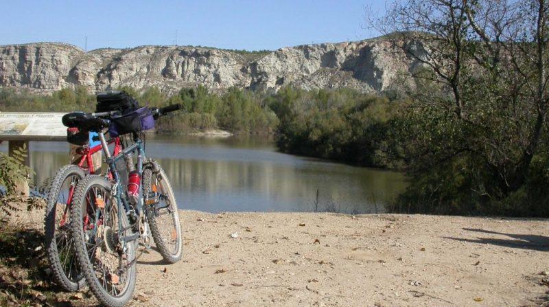 Ruta en bicicleta por los Galachos de Juslibol