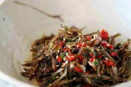 Spicy Stir-fried Anchovies (Myeolchi Bokkeum)