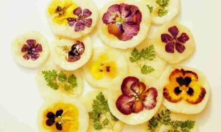 Flower Pancakes with Rice Wine Syrup
