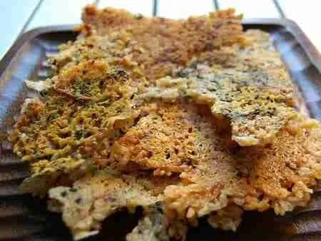 scorched rice chips