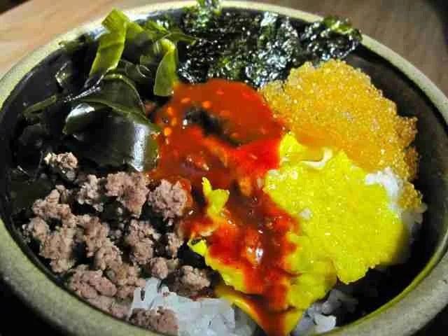 Recipe: Noryangjin-inspired 'Bomb Rice'