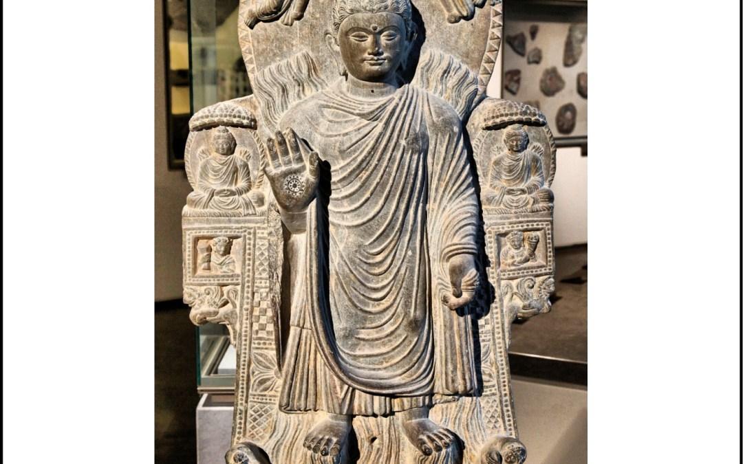 33 – Life of Shakyamuni Buddha Part 4: Further Teachings and Colorful Stories