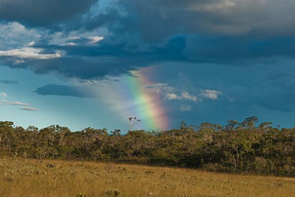 Arco-íris na Serra do Tombador.