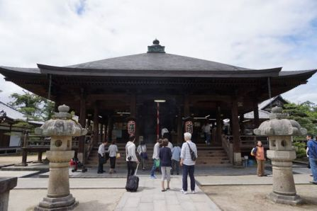 Main Prayer hall in Chionji