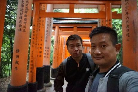 Taking wefie near the top of Mt Inari