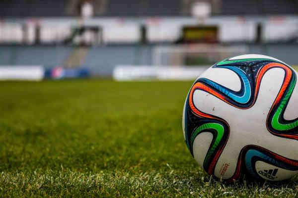 Fußball Match - Quelle: pexels