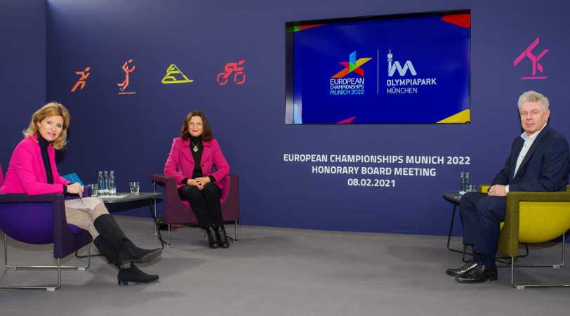 European Championships Munich 2022 - v. l. Anouschka Horn, Marion Schöne, Dieter Reiter - Copyright: © European Championships Munich 2022