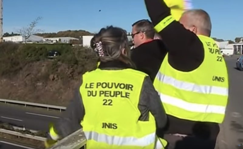 Gilets jaunes et Trumpisation française.