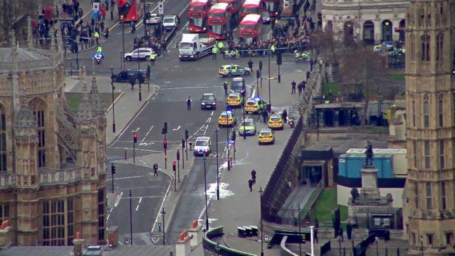 Qellim me arme perpara Parlamentit ne Westminster – Londer