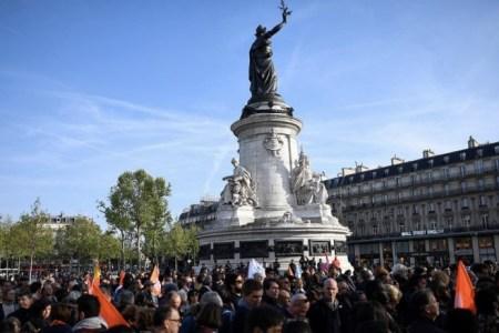 Shtypi ndërkombëtar, si pasqyrë për një Francë që s'beson më tek vetja