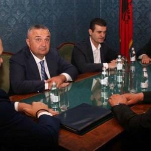 Ilir Meta, presidenti që meritojnë shqiptarët!