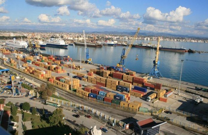 INSTAT: Rriten me 12.8% eksportet, vendin e parë e kanë tekstilet dhe këpucët