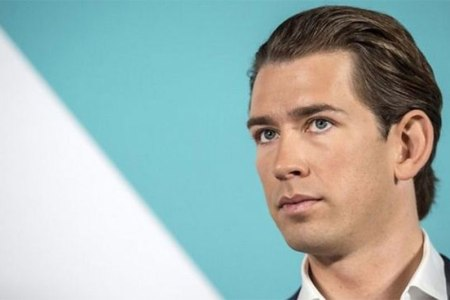 Austri, Kurz pritet të afrojë ekstremistët në qeveri