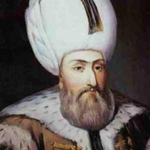 Sulejmani i Madhërishëm, jo vetëm luftë, por dashuri dhe poezi