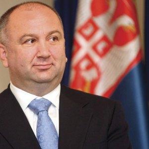 """Skandali """"Paradise Papers"""". Në listë, ministri serb Nenad Popoviç"""