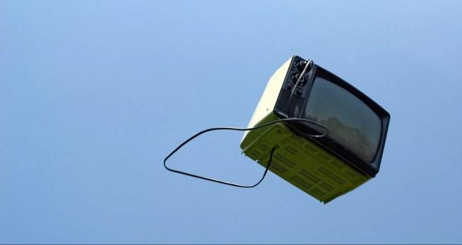 O seu televisor está a gastar o dobro da eletricidade que foi anunciado?