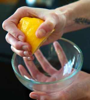 Lemon Juice for skin tags -How to Get Rid of Skin Tags-10 Easy Natural Painless Ways