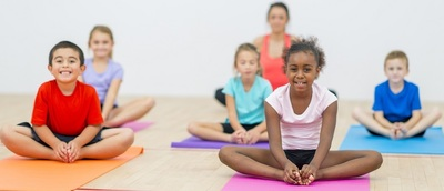 6 Easy Yoga Poses for Kids with Amazing Benefits