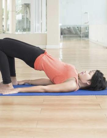 10-Minute Beginner Yoga Poses for Flexibility and Strength